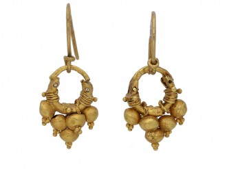 front ancient gold earrings berganza hatton garden