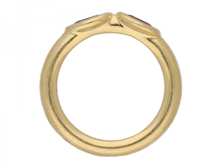front Chaumet ruby sapphire ring berganza hatton garden