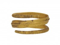 front Viking gold coiled ring berganza hatton garden