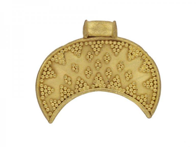 front ancient viking pendant berganza hatton garden