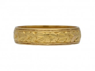 antique yellow gold wedding ring berganza hatton garden