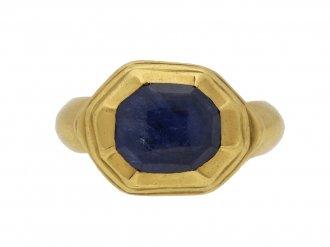 Tudor sapphire gold ring berganza hatton garden