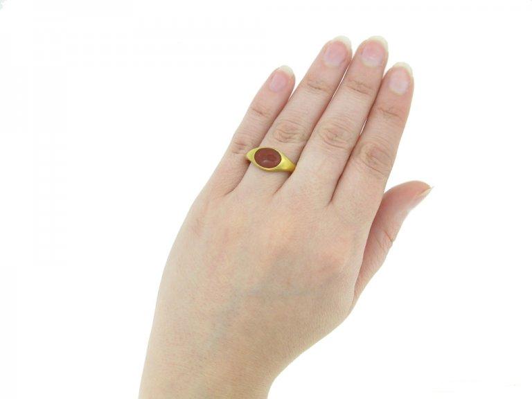 front ancient roman intaglio gold ring hatton garden berganza