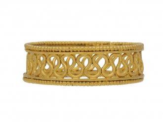 ancient gold wire work ring berganza hatton garden