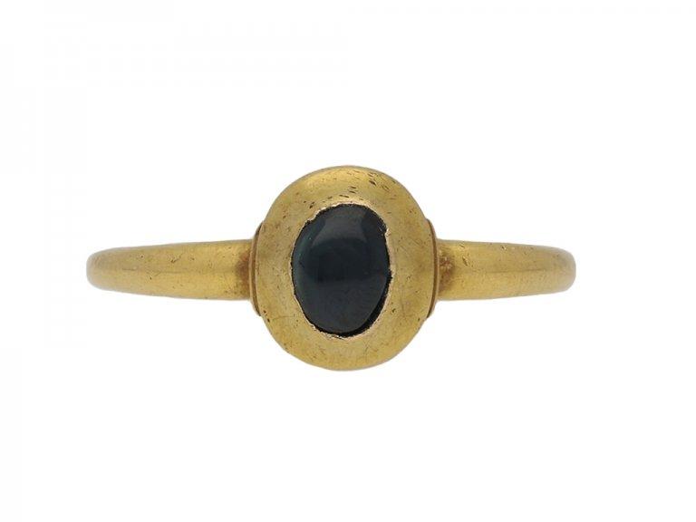 Medieval cabochon sapphire ring berganza hatton garden