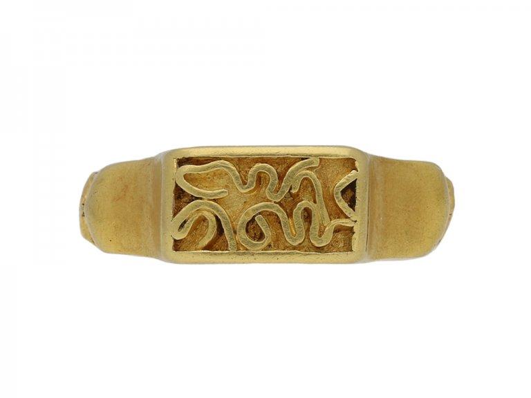 Post medieval gold ring hatton garden berganza
