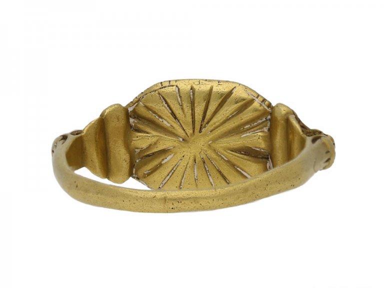 Renaissance emerald gold ring hatton garden berganza