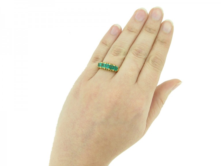 front antique emerald ring berganza hatton garden