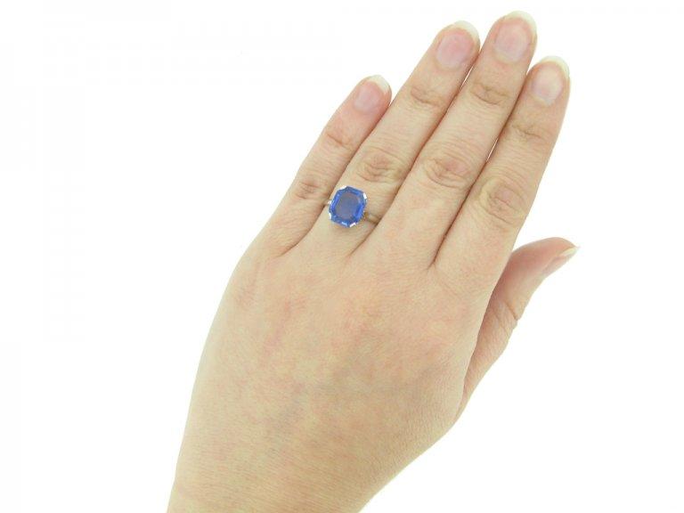 front art deco Ceylon sapphire ring hatton garden berganza