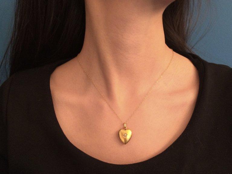 Antique heart shape pearl pendant berganza hatton garden