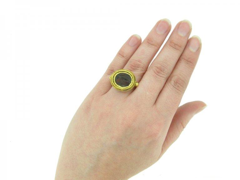 Ancient Roman intaglio Victory ring berganza hatton garden