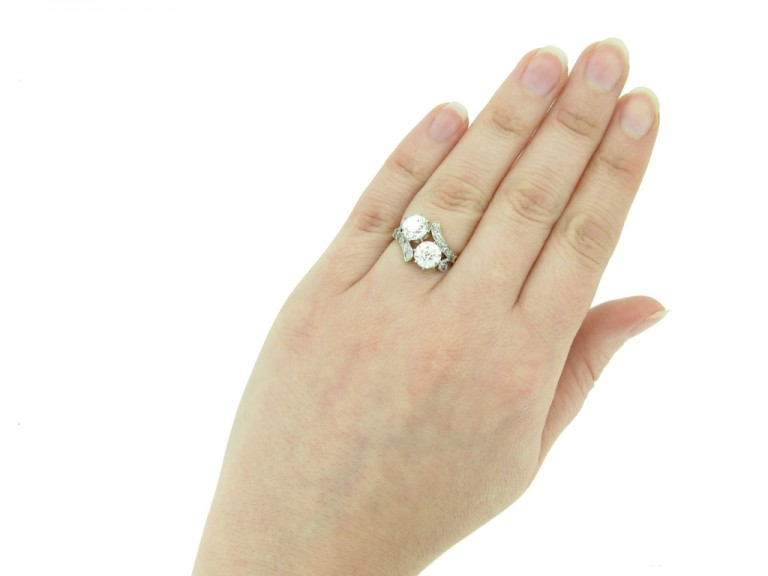 Belle Époque diamond two stone ring berganza hatton garden