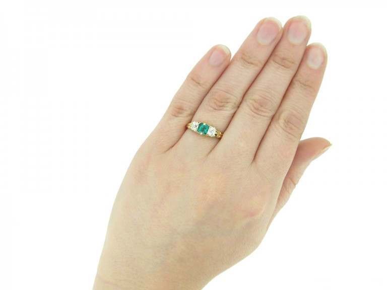 Antique emerald and diamond carved ring berganza hatton garden