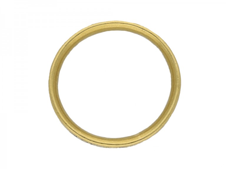 Gold memorial ring berganza hatton garden