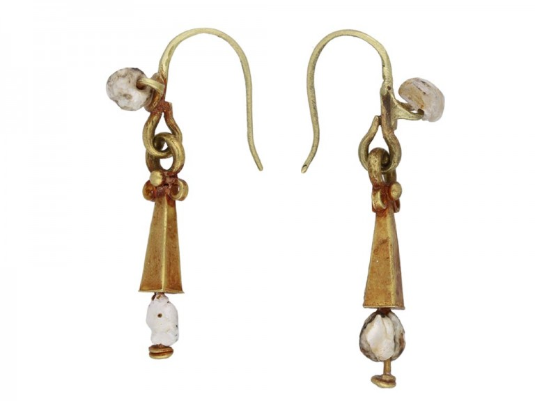 Ancient Roman gold and pearl earrings berganza hatton garden