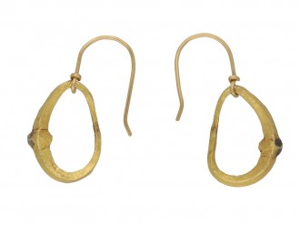 Ancient Achaemenid earrings berganza hatton garden