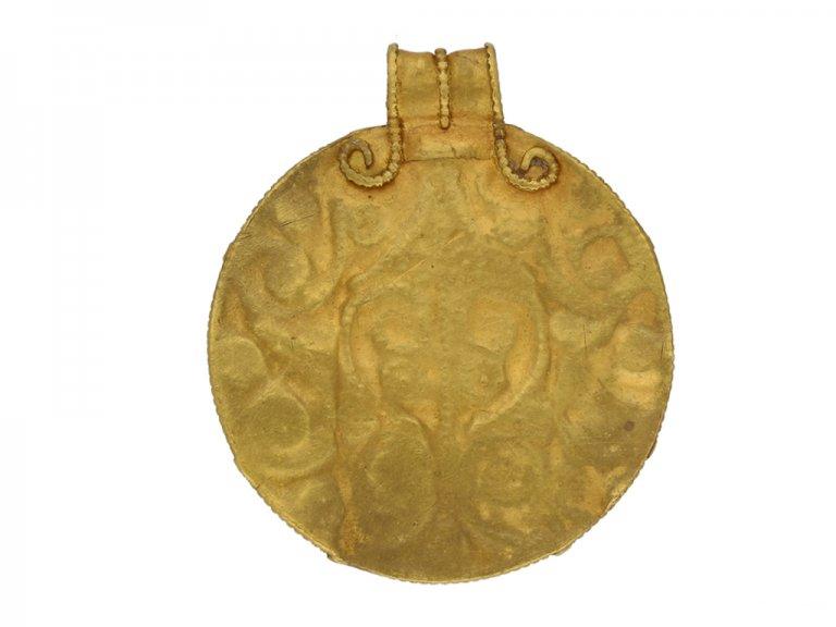 Viking yellow gold pendant berganza hatton garden