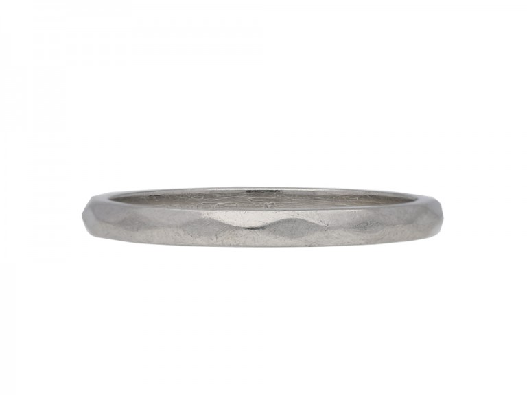 Platinum wedding band, berganza hatton garden