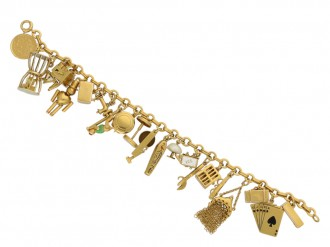 Vintage gold charm bracelet berganza hatton garden