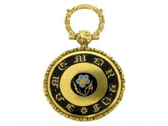 front view Gold and enamel memorial pendant