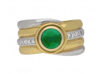 front view Emerald and diamond cabochon ring.
