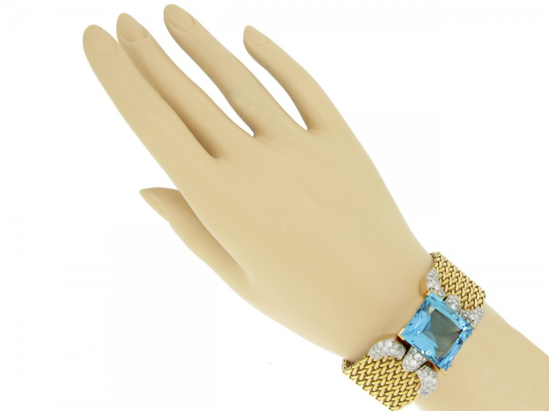hand view Aquamarine and diamond bracelet,