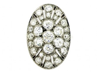 front view Oval diamond cluster ring, circa 1920.