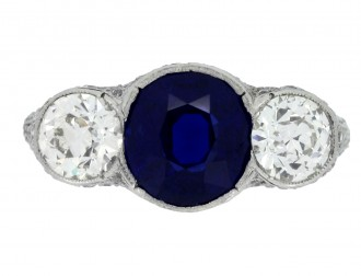 front view Belle Époque sapphire and diamond ring