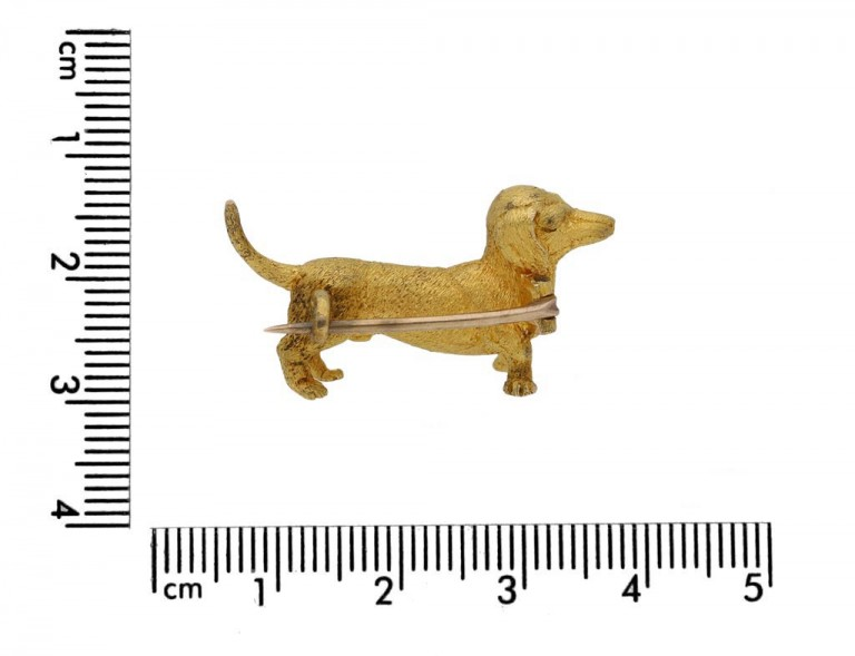 size view dog brooch in 15ct gold circa 1910 berganza hatton garden