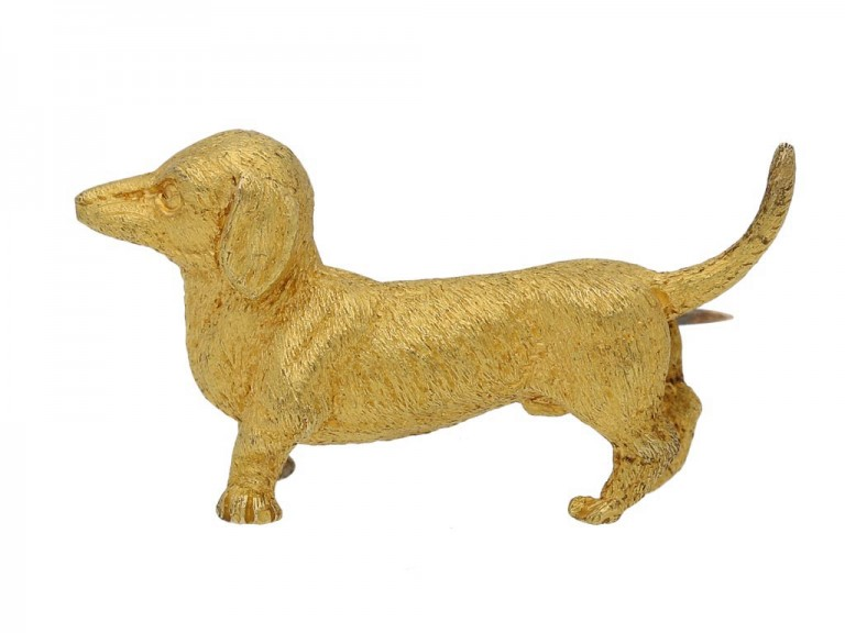 front view dog brooch in 15ct gold circa 1910 berganza hatton garden