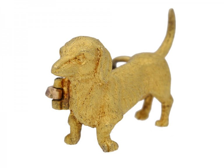 side view dog brooch in 15ct gold circa 1910 berganza hatton garden