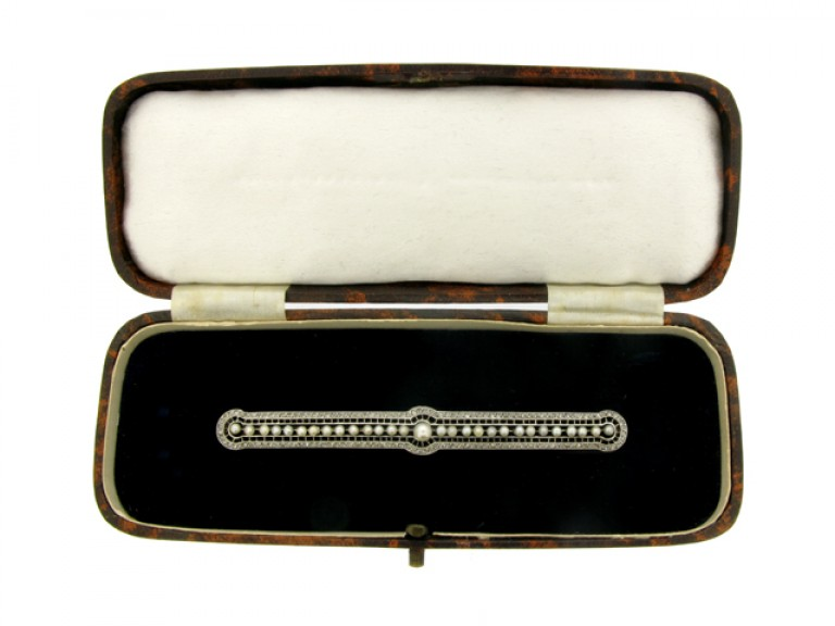 boxed view Pearl and rose diamond brooch French