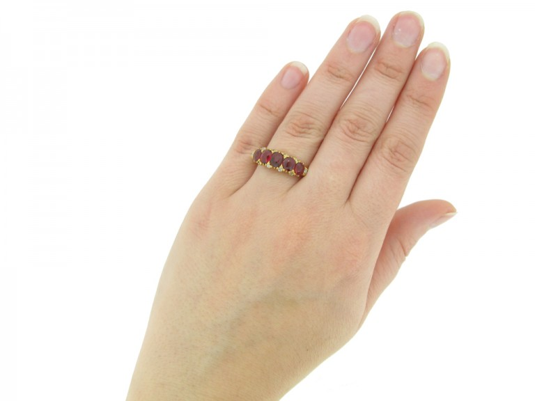 hand view diamond spinel ring berganza hatton garden