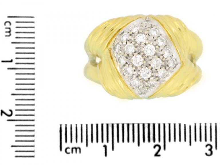 size view Vintage diamond cocktail ring, circa 1945.