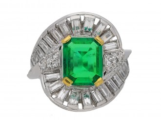 Mellerio emerald and diamond ring berganza hatton garden