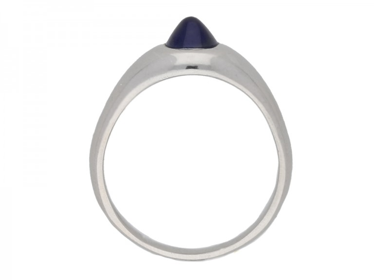 back view S. Kind & Sons sugarloaf cabochon sapphire ring, circa 1935. berganza hatton garden