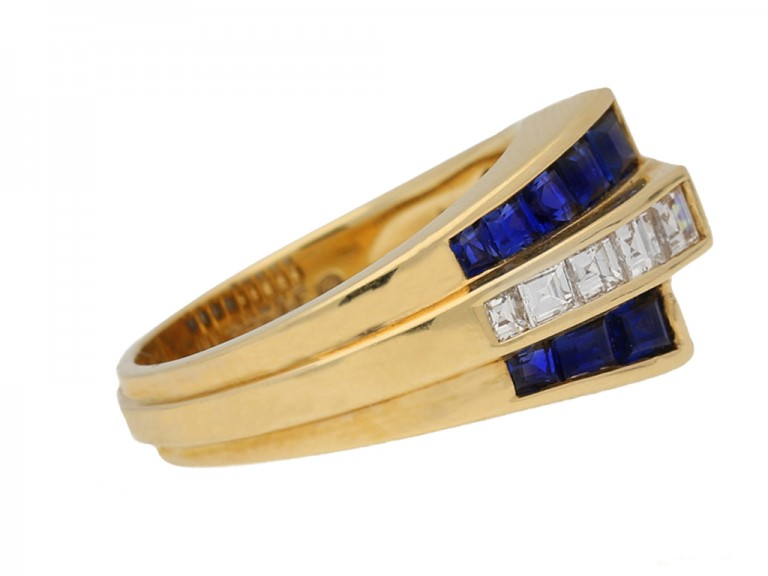 side veiw Oscar Heyman Brothers sapphire and diamond ring, American, circa 1960.berganza hatton garden