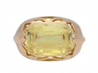 front view Vintage natural yellow Ceylon sapphire ring, circa 1950 berganza hatton garden