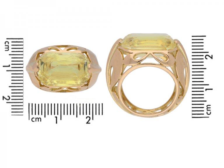 size view Vintage natural yellow Ceylon sapphire ring, circa 1950 berganza hatton garden