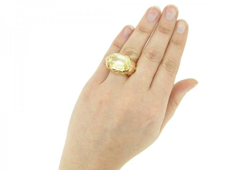 hand view Vintage natural yellow Ceylon sapphire ring, circa 1950 berganza hatton garden