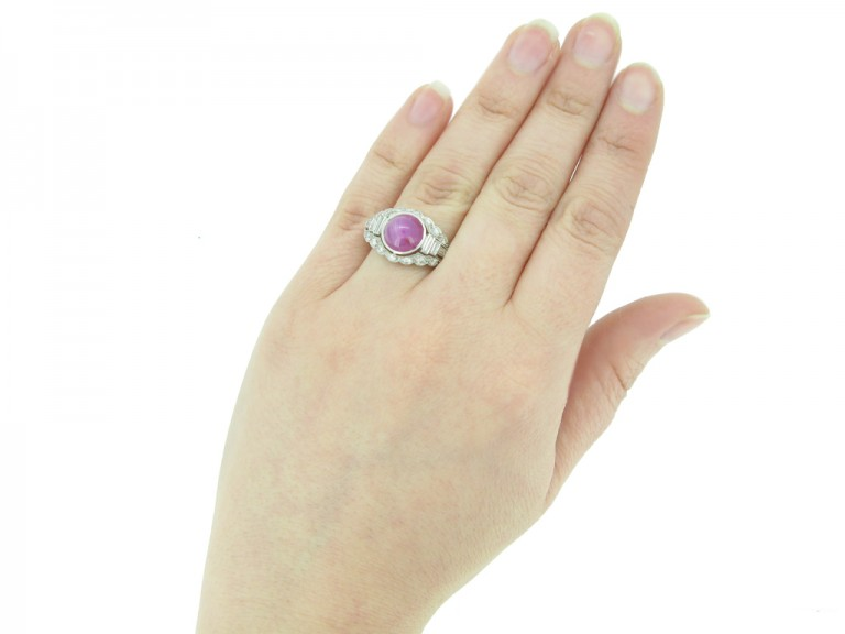 vintage star ruby ring berganza hatton garden